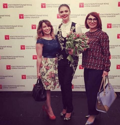 Алина Кабаева поразила всех своей стройностью