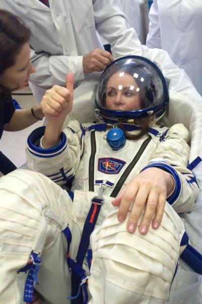 В космосе певица проведет ряд научных исследований, в том числе испытает свой голос в невесомости