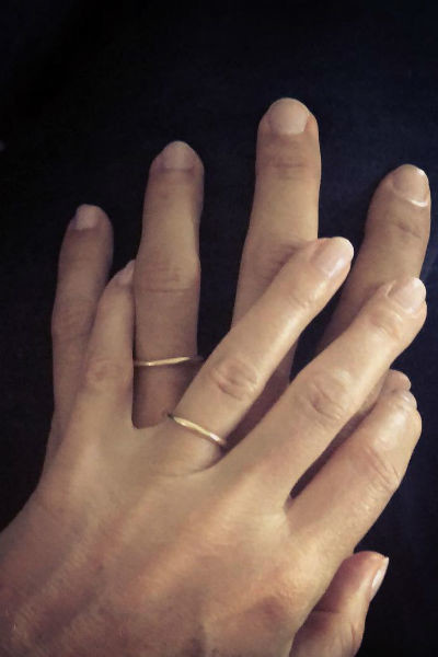 Гвинет опубликовала фотографию с обручальными кольцами