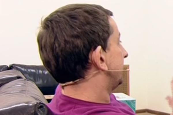 Андрей Андреев прятал лицо от публики