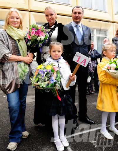 Ариадну поддерживали мама, папа и бабушка