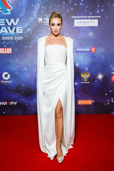 Ольга Бузова выбрала элегантный наряд
