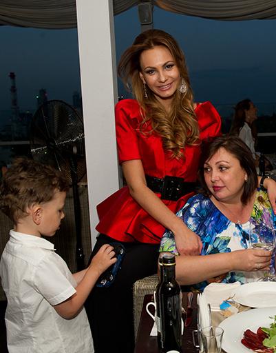 Инна Жиркова с мамой