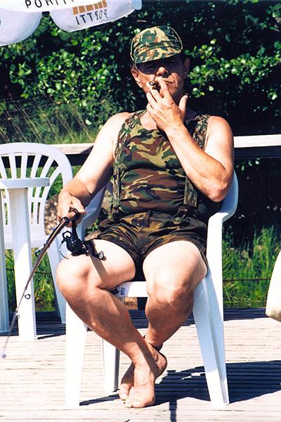 Разудалый герой Алексея Булдакова на отдыхе