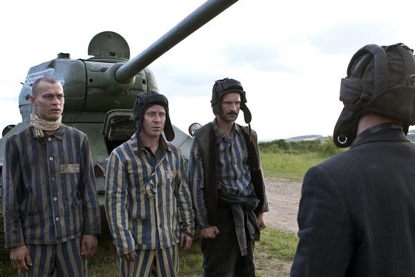 Федор Добронравов высоко оценил работу сына в фильме «Т-34»