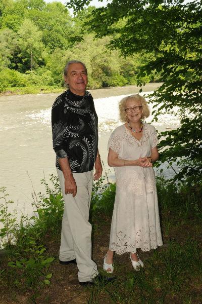 На снимке - родители актера, Светлана Немоляева и Александр Лазарев. Они поженились в марте 1960 года и прожили вместе 51 год, до самой смерти супруга 2 мая 2011 года