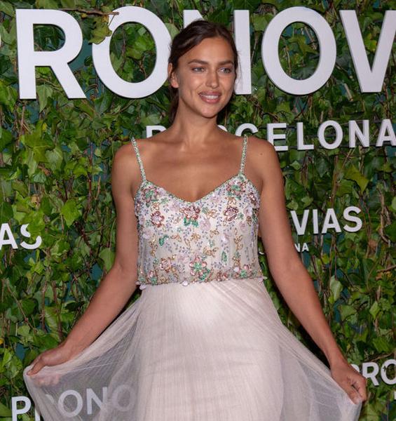 Ирина Шейк на Неделе свадебной моды в Испании