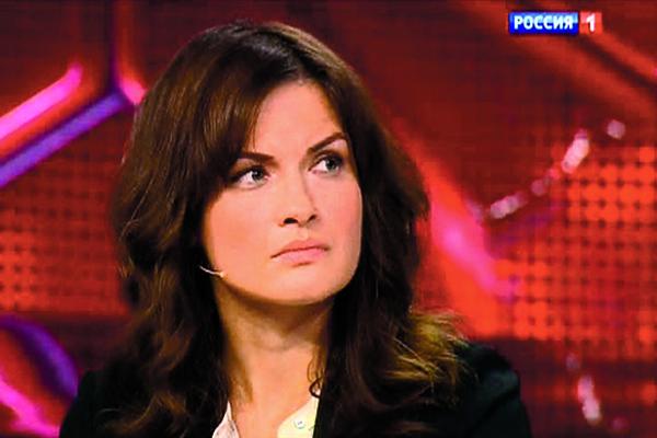 Юлия Юдинцева не разрешает Ане выезжать за границу