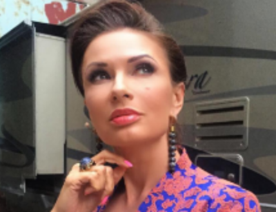 Эвелина Бледанс готовится к пластическим операциям