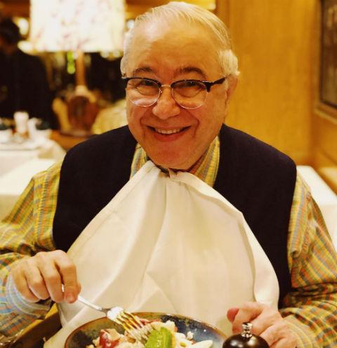 Евгений Петросян на обеде в Барселоне