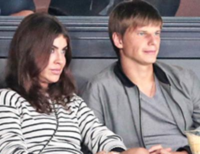 Почему Андрей Аршавин не женится на новой возлюбленной Алисе