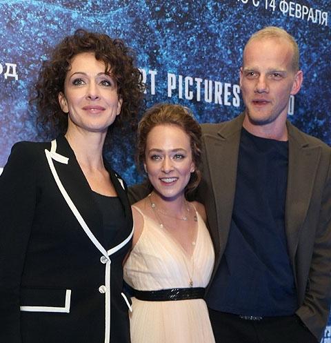 Ксения Раппопорт с дочерью Аглаей Тарасовой и Юрий Колокольников