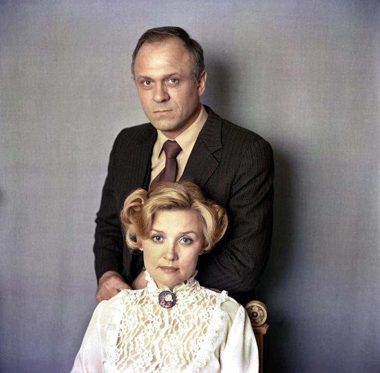 Алентова и Меньшов женаты около 50 лет
