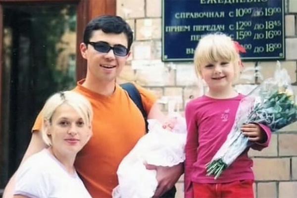 Знаменитая семья ведет непубличный образ жизни
