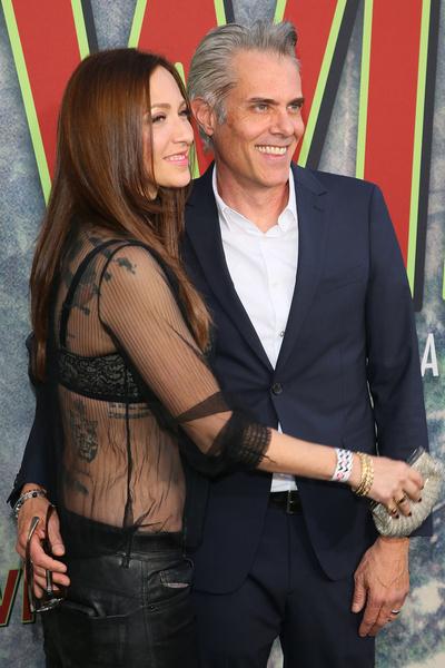 Артист счастливо женат на Кейт Рогал