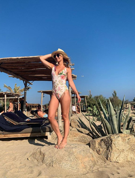 Юлия публикует фото с отдыха