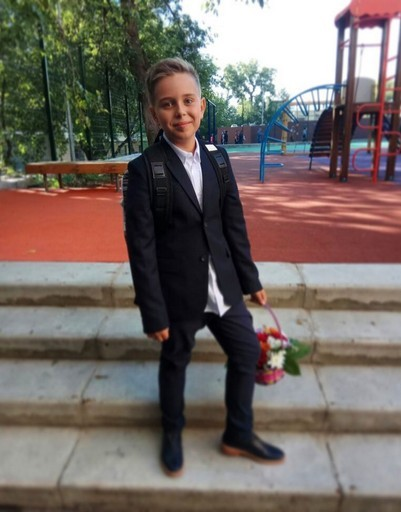 Сын Полины Гагариной Андрей уже четвероклассник