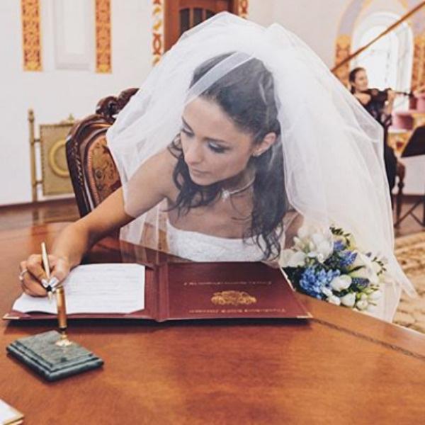 Дарья была счастлива, выход замуж