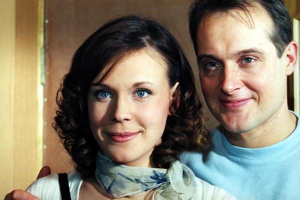 Максим Аверин или Виталий Кудрявцев? Кого подозревают в романе с разведенной Марией Куликовой