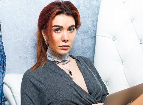 Финалистка «Битвы экстрасенсов» Николь Кузнецова открывает салон красоты