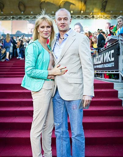 Олеся Судзилоская с супругом