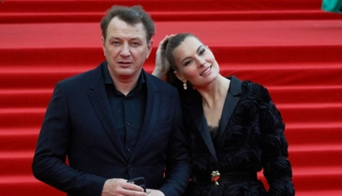 Жена Марата Башарова разводится с ним после побоев