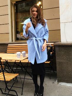 На Алене Водонаевой пальто от @lyumax_style
