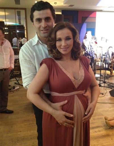С отцом ребенка актером Гурамом Баблишвили