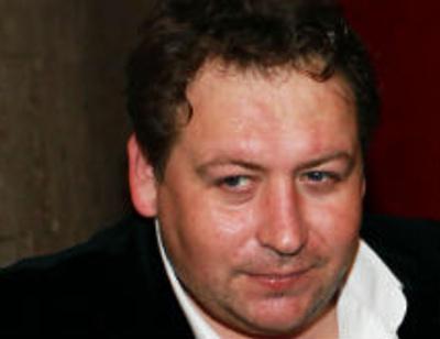 Актер Станислав Дужников развелся