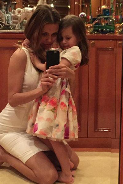 Виктория празднует день рождения дочери Анджелины