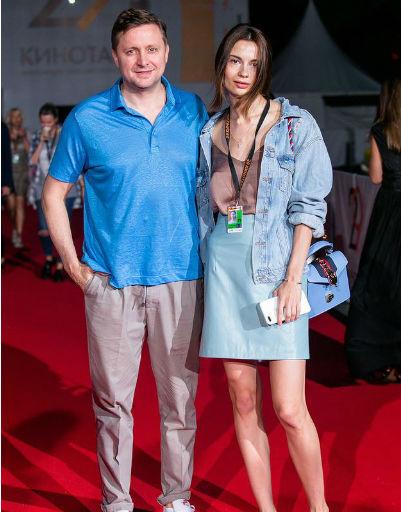Артем Михалков с супругой