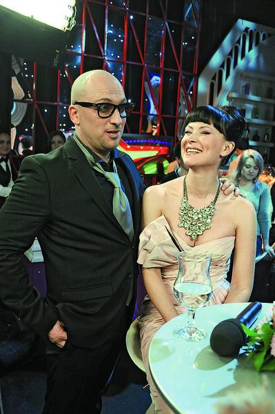 С соведущим Дмитрием Нагиевым на шоу «Две звезды», 2012 год