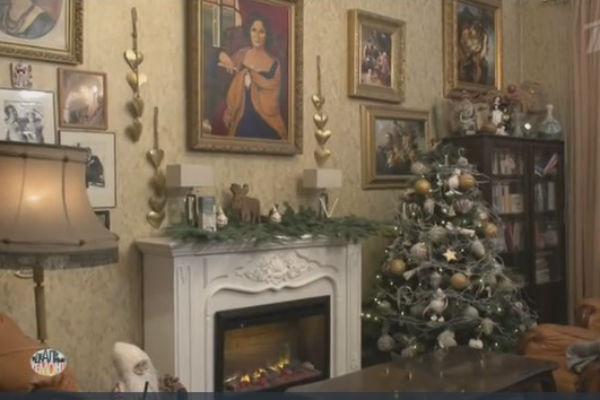 Гостиную актрисы украсили к празднику