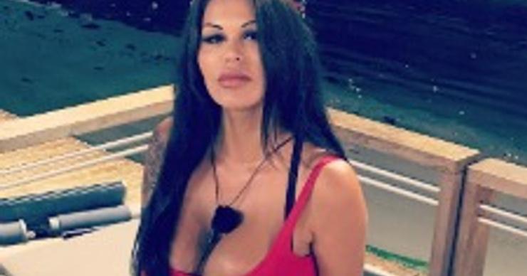 Участница шоу «Дом-2. Остров любви» откровенно рассказала о пластике груди