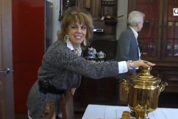 Кухню Казарновской украшает самовар