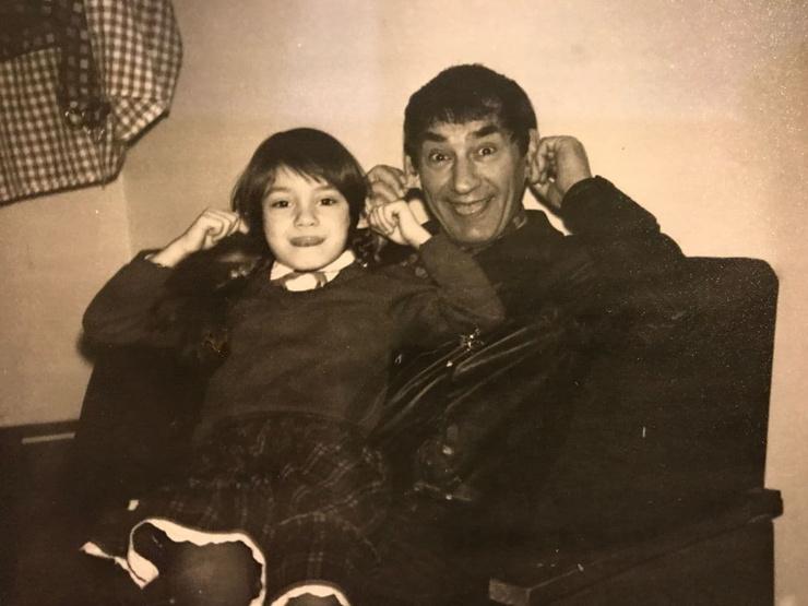 В детстве девочка любила проводить много времени с отцом