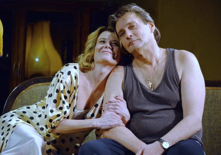 Домогаров и Высоцкая в спектакле «Сцены из супружеской жизни»