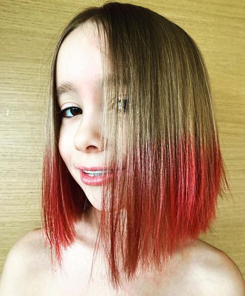 Девятилетняя дочь Дарьи Мороз и Константина Богомолова — Аня