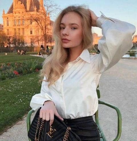 Елизавета Пескова