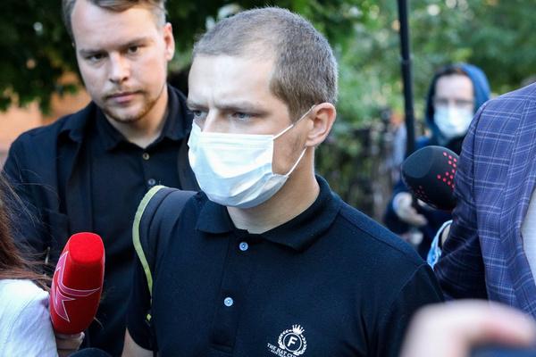 Михаил Ефремов выплатил 800 тысяч рублей сыну погибшего Сергея Захарова