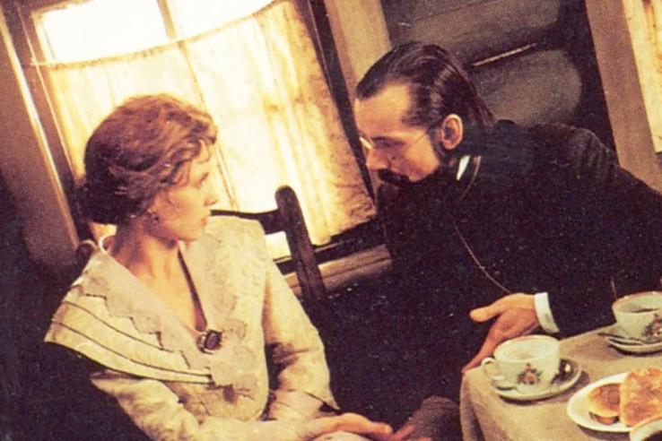 «Чуть не умер от горя». Короткий роман с Еленой Яковлевой, измена жены и счастливый второй брак Виктора Ракова