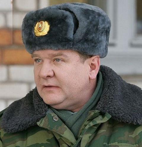 Роман Мадянов срывает злость на родственниках