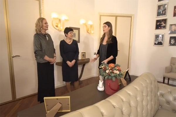 Алена Яковлева и ее дочь Мария Казакова признались, что не ожидали, что их гостиная может стать настолько уютной