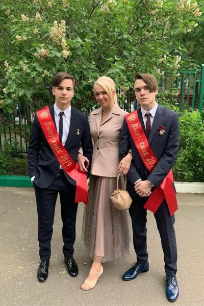 Родители Яны Рудковской сомневались, поладит ли Плющенко с ее детьми