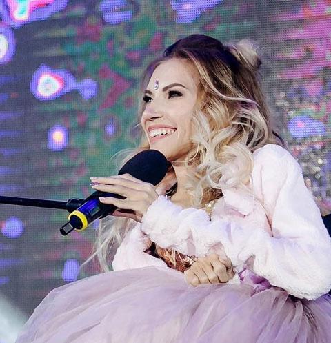 Юлия Самойлова об ужасной подготовке к «Евровидению», советах Пугачевой и своем недуге