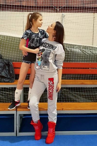 Оксана и Ангелина Тарасовы