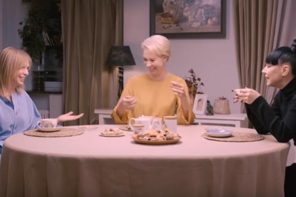 Долецкая, Лазарева и Елка обсудили тему отсутствия детей