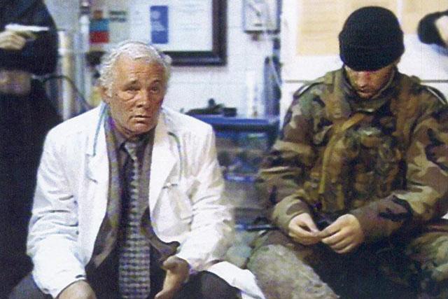 В 2002 году Леонид Рошаль оказывал помощь заложникам, захваченным террористами на Дубровке