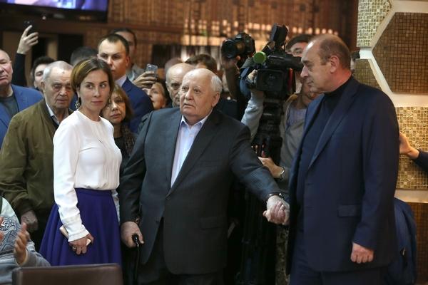 До последнего времени Михаил Сергеевич часто появлялся на публичных мероприятиях