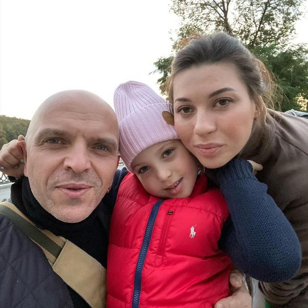 Солист «Непары» Александр Шоуа о подставах Талышинской, расставании с женой и хамстве на «Точь-в-точь»